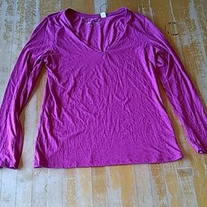 Threads 4 thought pink long sleeve v-neck tee